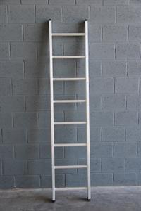 Rechte ladder 8 treden VGS