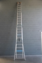 Ladder 2 x 24 met optrekkoord en haak VGS